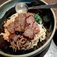 松戸市 五香駅徒歩2分 炭火焼肉 東京苑でダブル丼。焼肉もビビンパもお得に味わうならランチに決定!