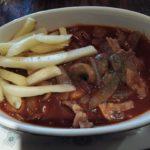 船橋駅徒歩3分 スペイン料理店 タベルナ・カディスにてお肉料理 ビーフストロガノフのランチをいただく。味・量・コストに大満足ながらも、メニュー選択にちょっと後悔