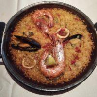 柏駅東口徒歩3分 スペイン食堂 フェスタマリオにて、お得な価格で地中海風 海の幸パエリアのランチセット! スイーツ女子が喜ぶデザートセットも堪能!