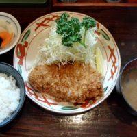 新京成五香駅徒歩8分のとんかつ有名店 かつ徳にてロースとんかつ定食とカキフライをいただく!