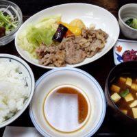 テレビで紹介! 新京成前原駅徒歩5分 和食のきりん食堂にて、名物オリーヴ焼をいただく!味よし、コスパよし。