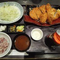 セブンパークアリオ柏のとんかつ濱かつにて牡蠣ふらいととんかつ膳を豊富なソース味で楽しむ!